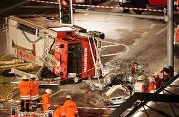 Bild FW Fahrzeugunfall